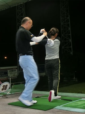 レッスン写真9 : はじめてのゴルフ